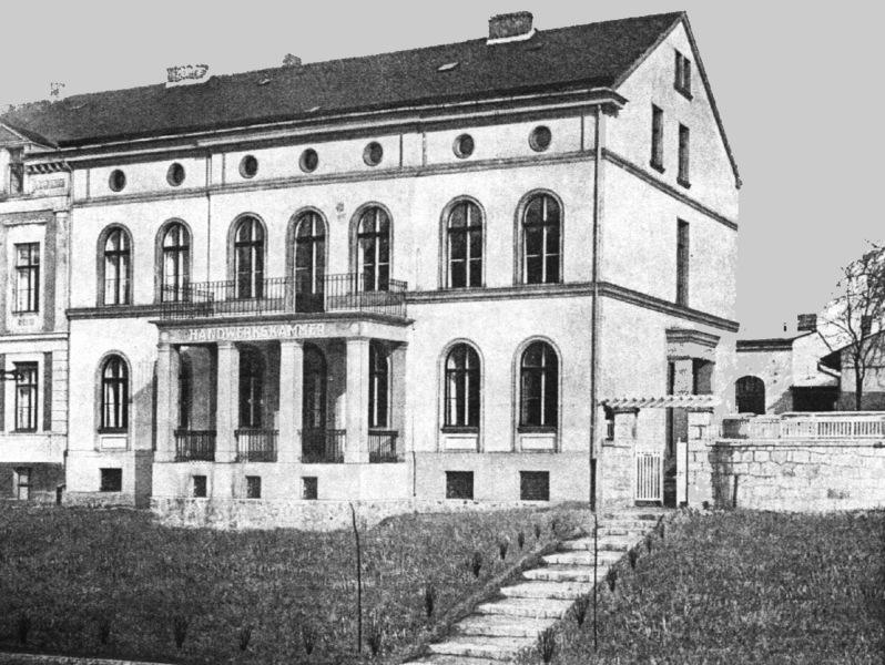 HWK Gebäude früher